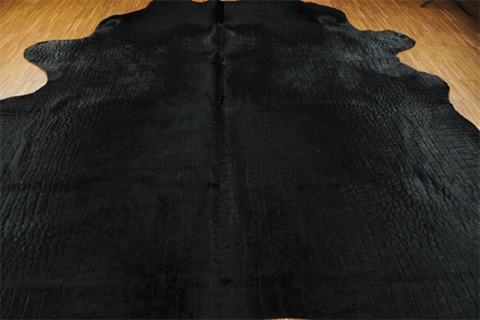 Calf hide carpet Crocodile style black