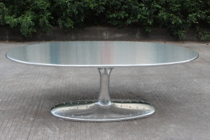 Aviator coffee table oval,